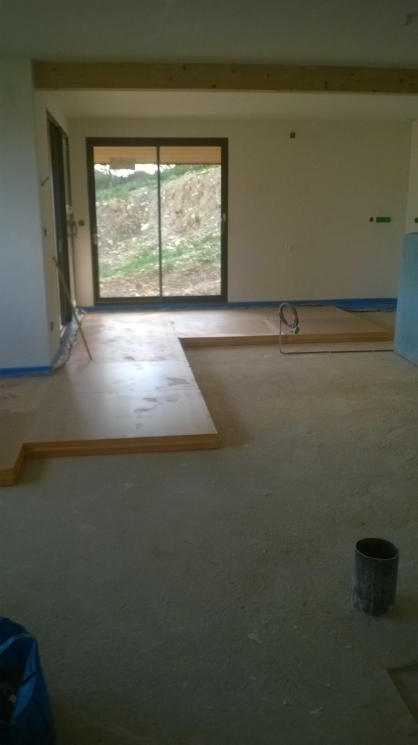 Construction ossature bois maison essenciel 16 plomberie for Mise en chauffe plancher chauffant avant carrelage
